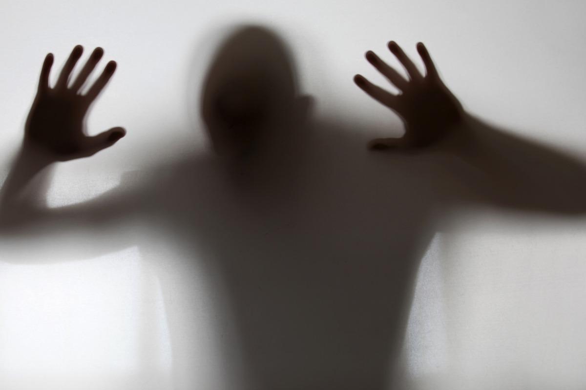 5 CANCIONES sobre el desorden mental
